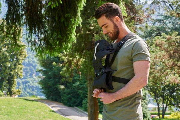Baby Carriers Chicco Easyfit Baby Carrier – Black Pitter Patter Baby NI 6