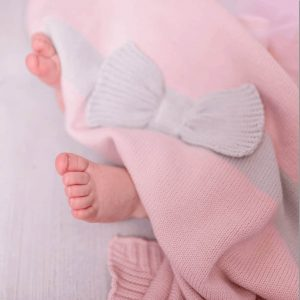 Blankets & Sleeping Bags Pink Bow knitted blanket Pitter Patter Baby NI