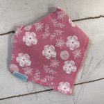 Dribble Bib – pink flowers
