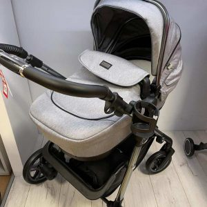 Silvercross Autograph Pacific Rock with maxi cosi cabriofix carseat – ex display
