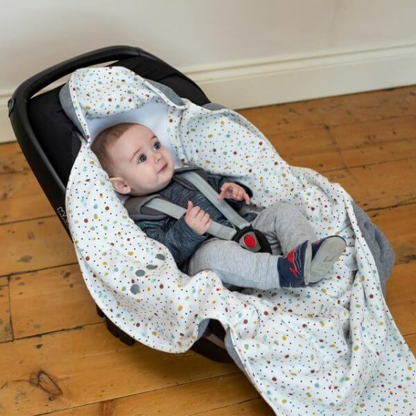 Accessories & Footmuffs Cosy Wrap Travel Blanket – Scandi Spot Pitter Patter Baby NI 11